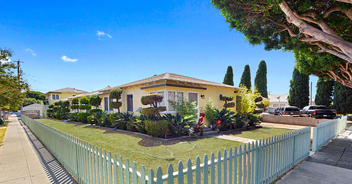 Stepp Commercial completes $1.7 million sale of Oak Street Bungalows in Santa Monica, CA