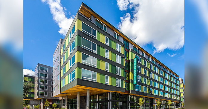 JLL closes $98.1 million sale, financing of Seattle apartments