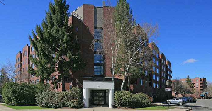 CBRE Multifamily Group sells Devonshire Place for $19,750,000