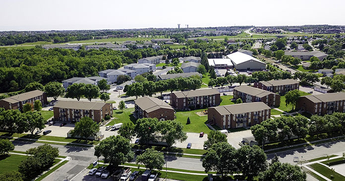 JLL sells 970-unit Midwest multihousing portfolio on behalf of IRET