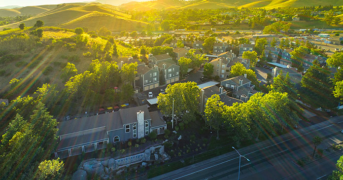 JLL secures $34.5 million loan for new multihousing investment platform